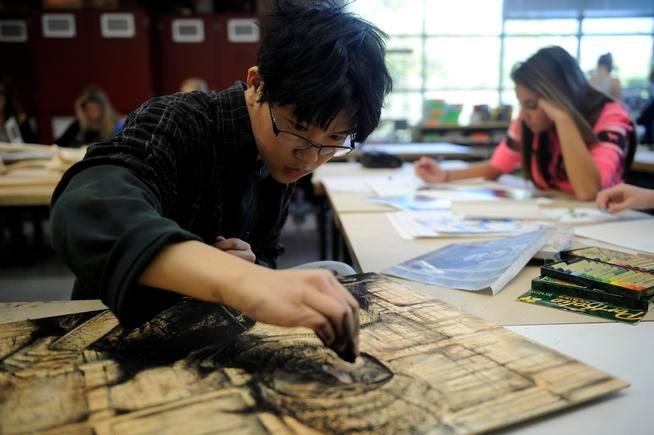 Golden High School students draw portraits of Denver's ...