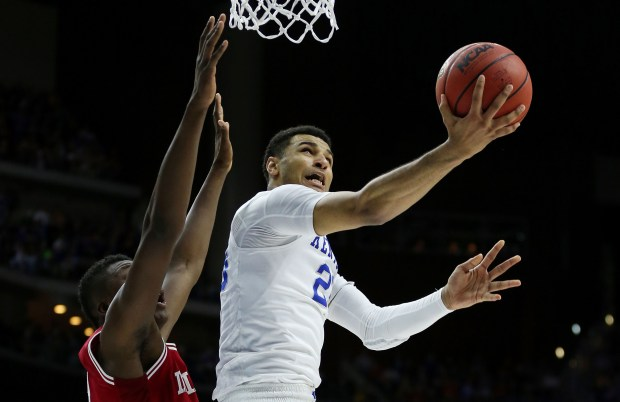 DES MOINES, IA - MARCH 19: Jamal Murray #23 of the Kentucky Wildcats shoots against Thomas Bryant #31 of the Indiana Hoosiers in the second half during the second round of the 2016 NCAA Men's Basketball Tournament at Wells Fargo Arena on March 19, 2016 in Des Moines, Iowa. (Photo by Jonathan Daniel/Getty Images)
