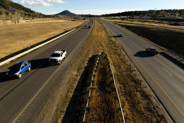 A stretch of Highway I-25 south of Castle Rock near Tomah Road looking south on Dec. 28, 2016 in Castle Rock. Douglas County commissioner Lora Thomas is pushing to get I-25 widened between Castle Rock and Monument to 3 lanes in each direction after the recent deaths of two state troopers in this stretch of highway south of Castle Rock.