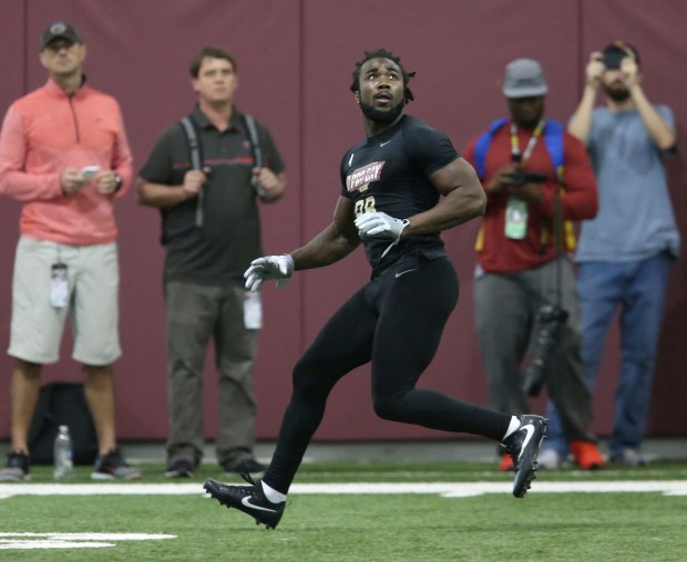 Dalvin Cook waits on a pass as he runs a drill for NFL scouts during Florida State's pro day, Tuesday, March 28, 2017 in Tallahassee, Fla. (AP Photo/Steve Cannon)