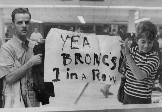 John and Fran Rouse of Wheat Ridge were among more than 200 Denver Broncos fans to greet team at Stapleton International Airport Sunday after 21-20 victory over Buffalo in 1967.