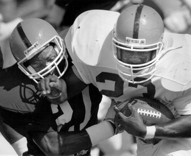 (From left) Steve Atwater #27 and ...