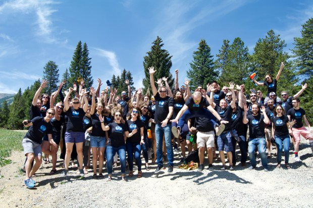 Employees with Cloud Elements are pictured together.