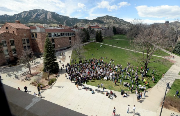 A large group of University of ...