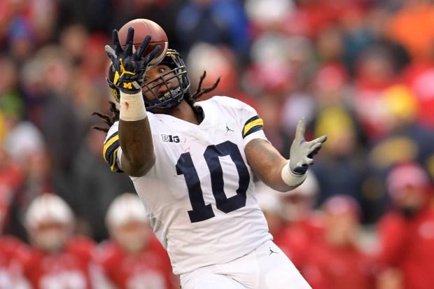 Devin Bush #10 of the Michigan ...