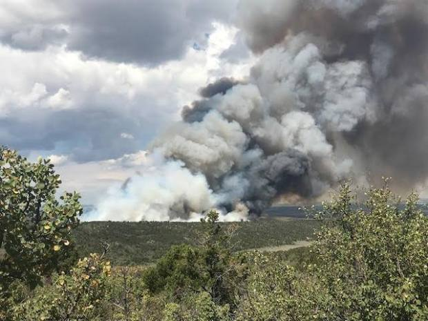 Hunt fire in northwest Colorado grows to 2,300 acres