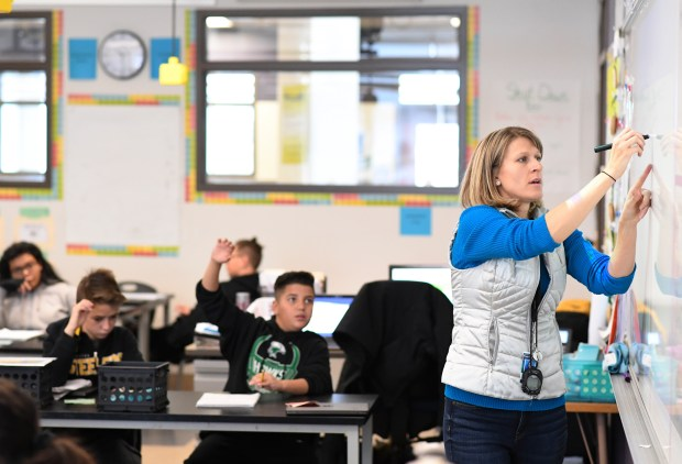 Static test scores at many Colorado innovation schools have state, Denver officials questioning format's effectiveness