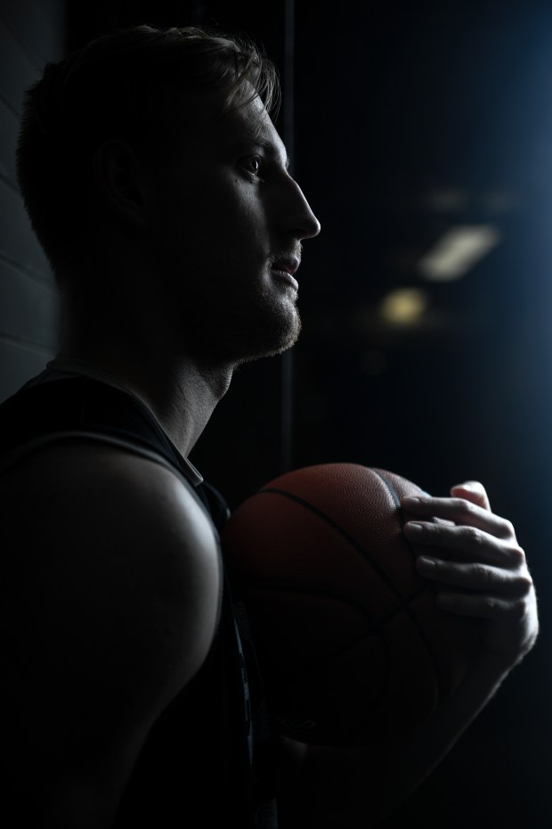 CU Buffaloes basketball player Alexander Strating ...