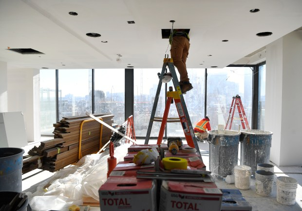 Work continues on the 13th floor ...