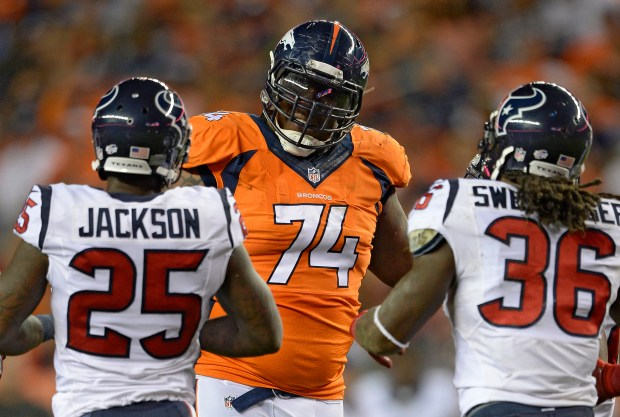 Denver Broncos tackle Orlando Franklin (74) ...
