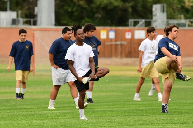 """How one Colorado high school navigates football in age of COVID-19: """"To be on the field, I'd be willing to do anything"""" 2"""