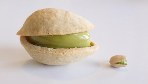 A pistachio tart made with pistachio ...