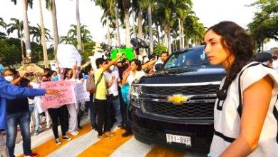 Photo of Maestros de la CNTE vuelven a bloquear a AMLO en Chiapas