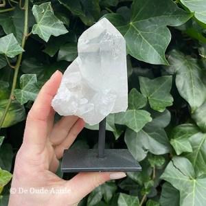 Bergkristal op standaard