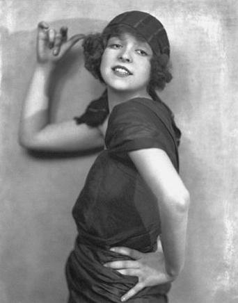 Clara Bow Brewster, flapper, flappiness, flapper girls, 1920s, depepi, depepi.com