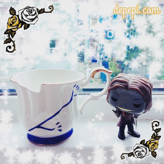 GGB, geek girls bloggers, halloween, halloween gift exchange, halloween 2016, depepi, depepi.com, OUAT, once upon a time, Rumple, chipped cup, chipped mug
