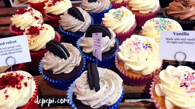 leigh bardugo, wonder woman, warbringer, wonder woman warbringer, cupcakes, japanese, japanese food, depepi, depepi.com