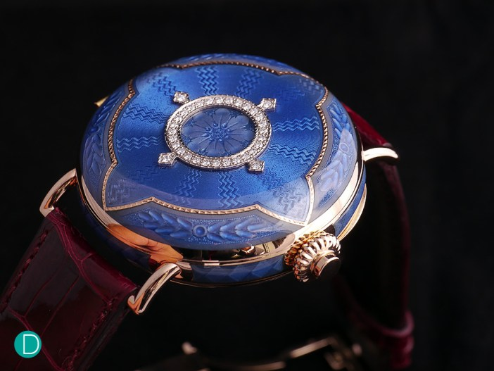 The H.Moser & Cie. Perpetual Calendar Heritage Limited Edition, with its case closed.