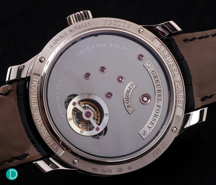 From the caseback, the differential is visible, but the movement plate made with a frosted finish does not show much.