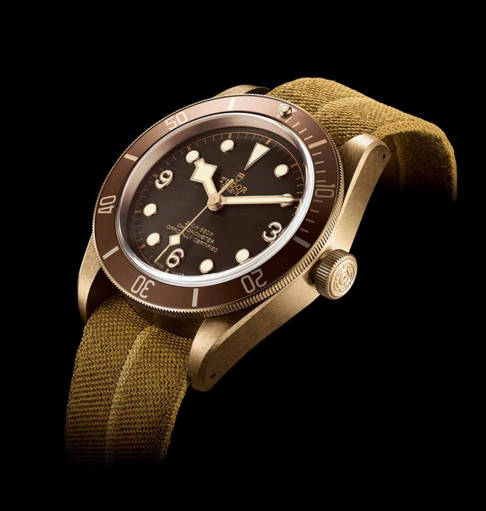 The jaquard fabric strap is inspired by a found historic Tudor watch, possibly issued to the French Navy who had removed the original bracelet, and fitted with a strap made from the French Rescue parachute.