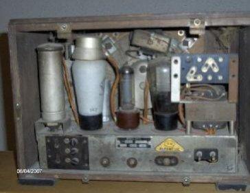 Radio Philips 944A - chassis prima del restauro