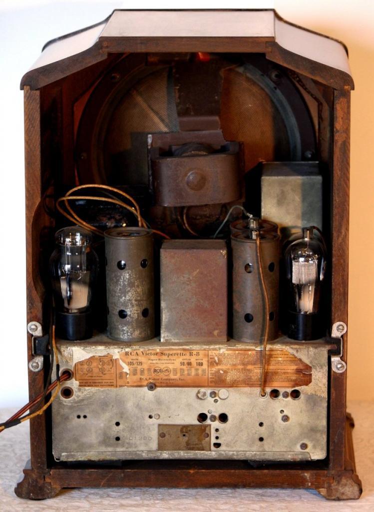 Radio RCA Superette R8