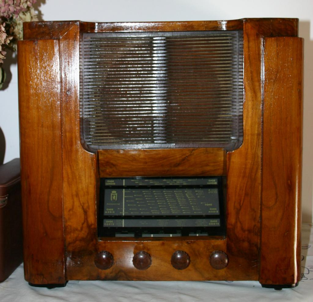 Radio Magnadyne SV10