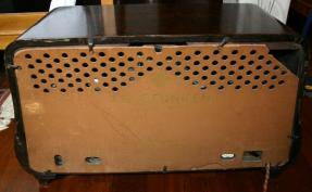 Radio Telefunken T8 - pannello posteriore