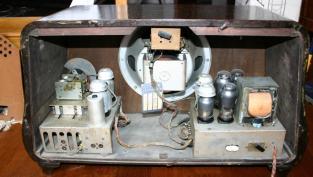 Radio Telefunken T8 - chassis