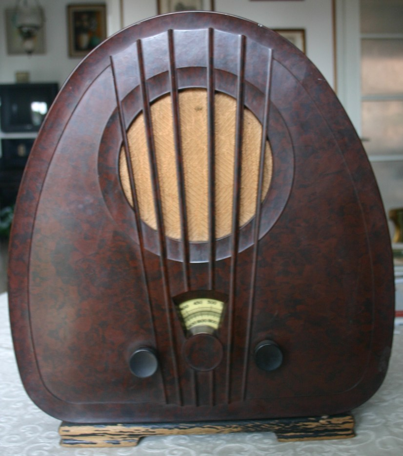 NL_Philips_1933_834A_front1