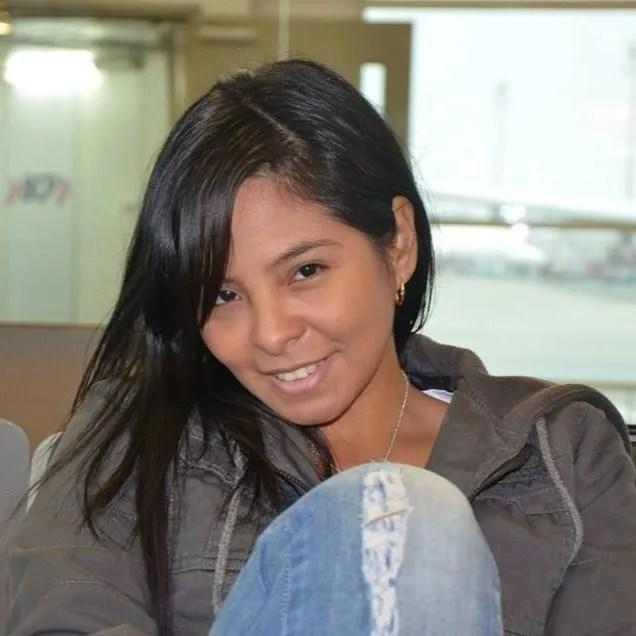 Gina Talledo, otra de las 'pulpinas' de Del Castillo, asumió el cargo de gerenta administrativa del hospital Sabogal. Su única experiencia laboral es en un call center.