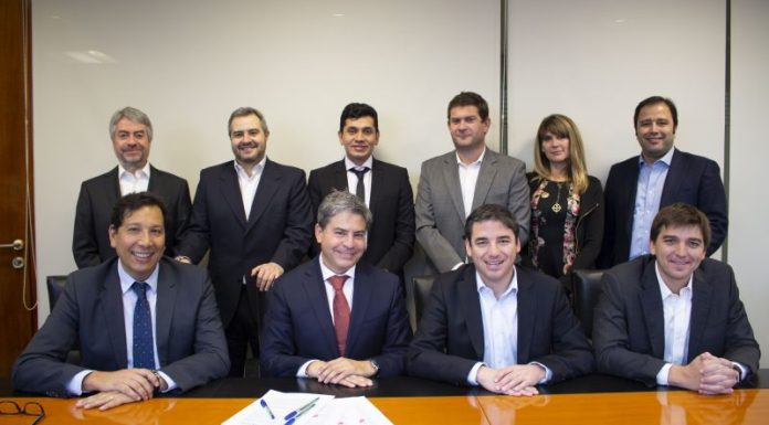 eCapital Group materializa su expansión regional sellando acuerdo con Sartor Finance Group para financiar operaciones de Factoring en Perú