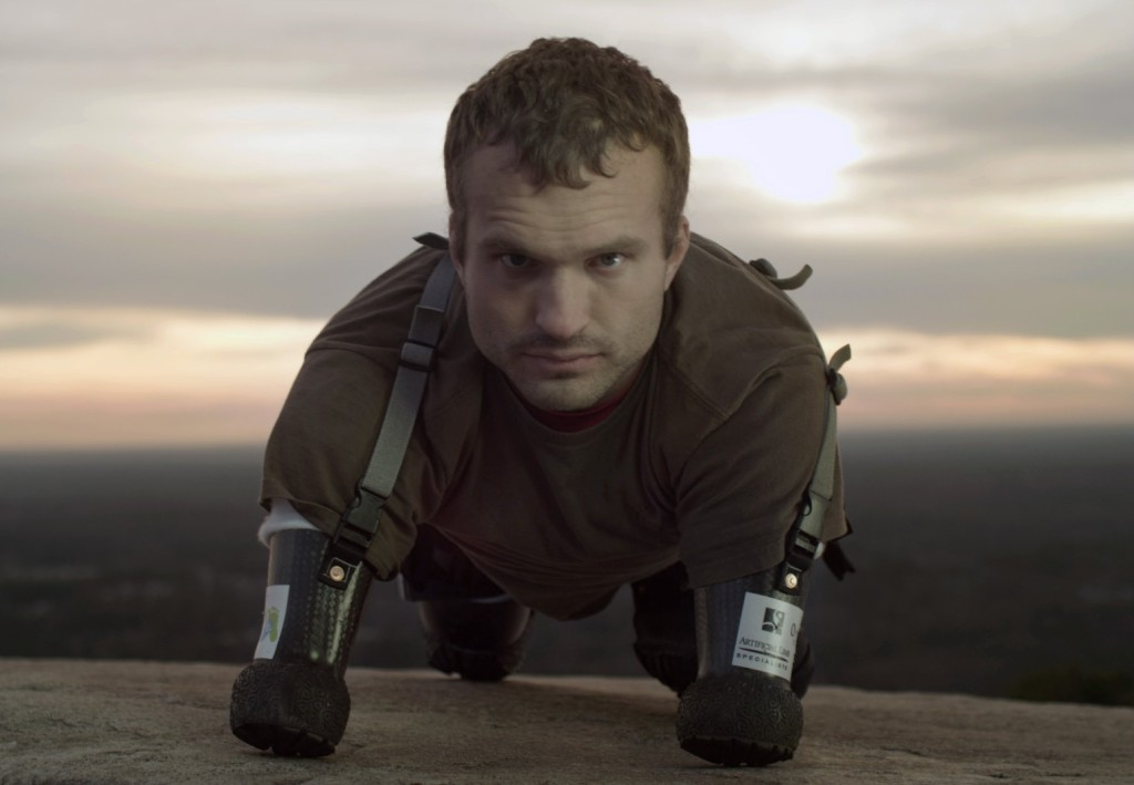 Resultado de imagen de Un hombre sin piernas ni brazos, pero no sin retos