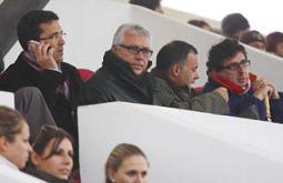 El presidente del Eivissa, Pedro Ortega, junto al vicepresidente deportivo, Marci Rojo, durante el encuentro del pasado domingo.  Moisés Copa