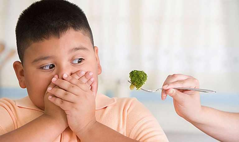 niños con sobrepeso y obesidad infantil