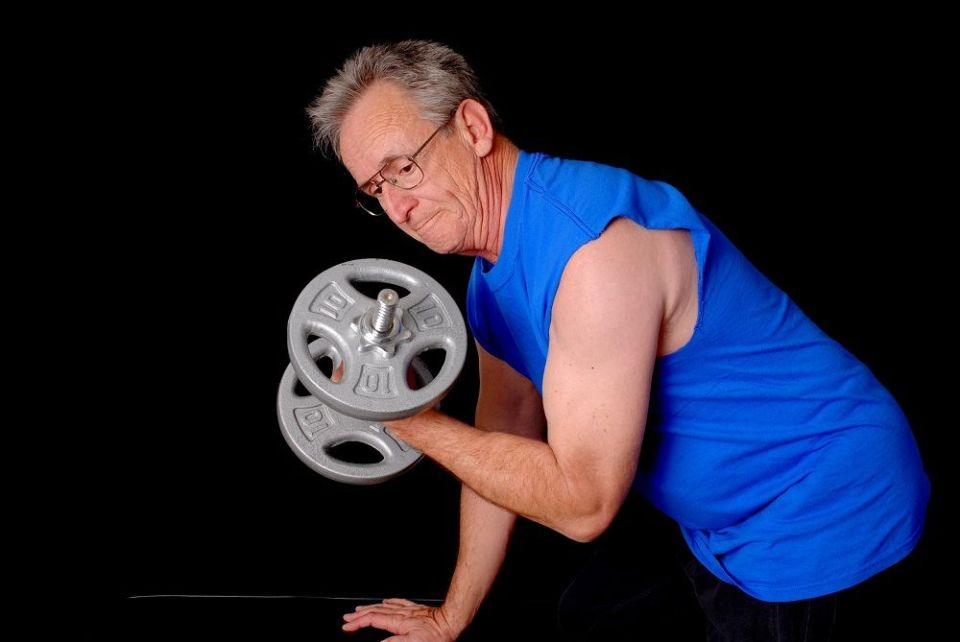 ejercicios de fuerza en personas mayores