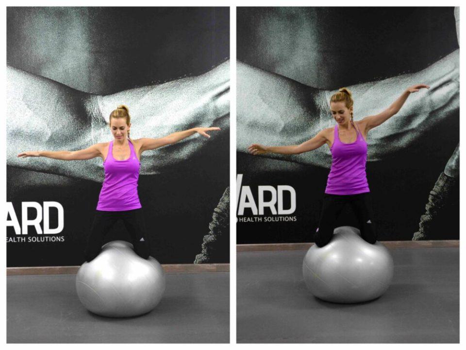 Mantener el equilibrio sobre un fitball ayuda a mejorar los resultados en todo el core