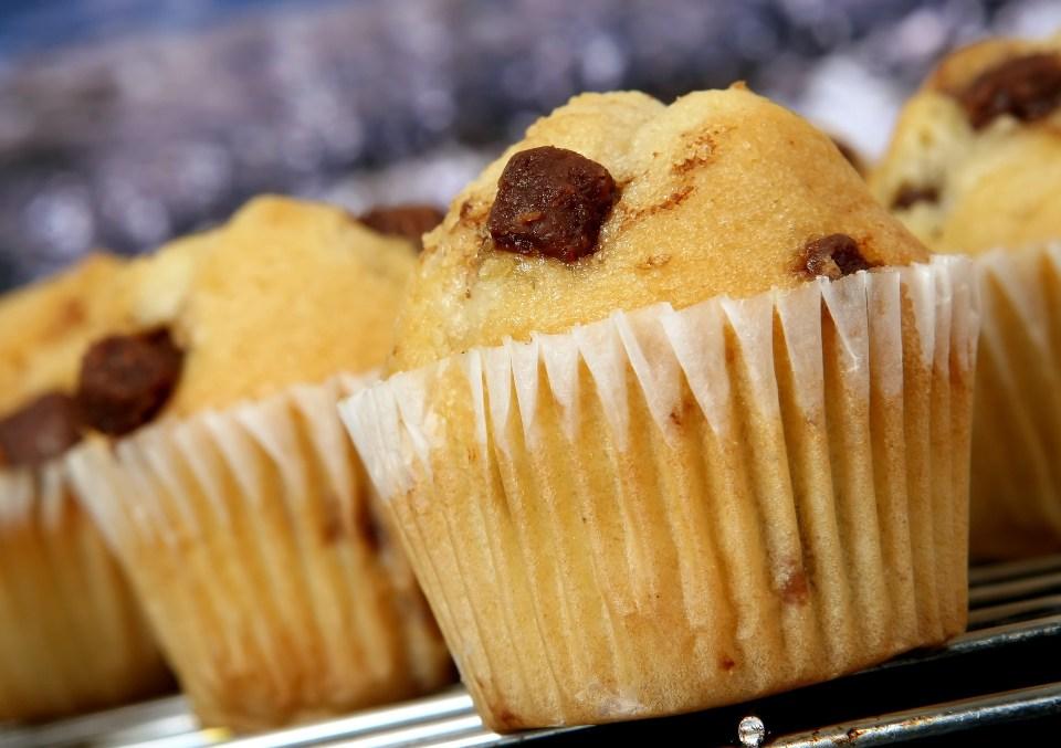 La bollería industrial y los snacks incluyen sustancias que impulsan el apetito de comer más