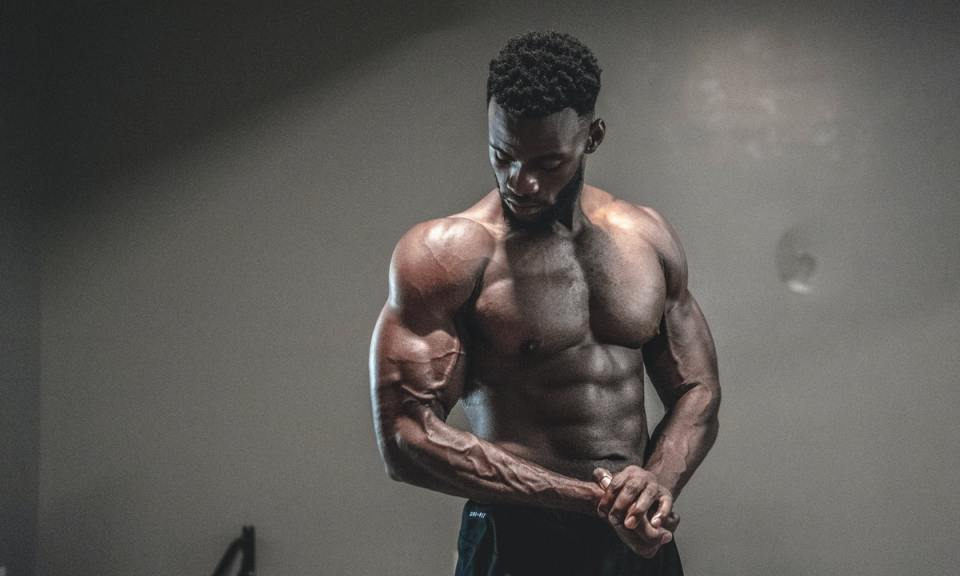 músculos que más olvidas entrenar en los brazos