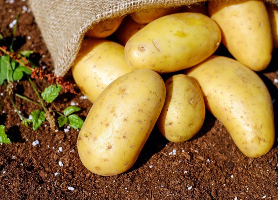 Las patatas son uno de los alimentos con más potasio