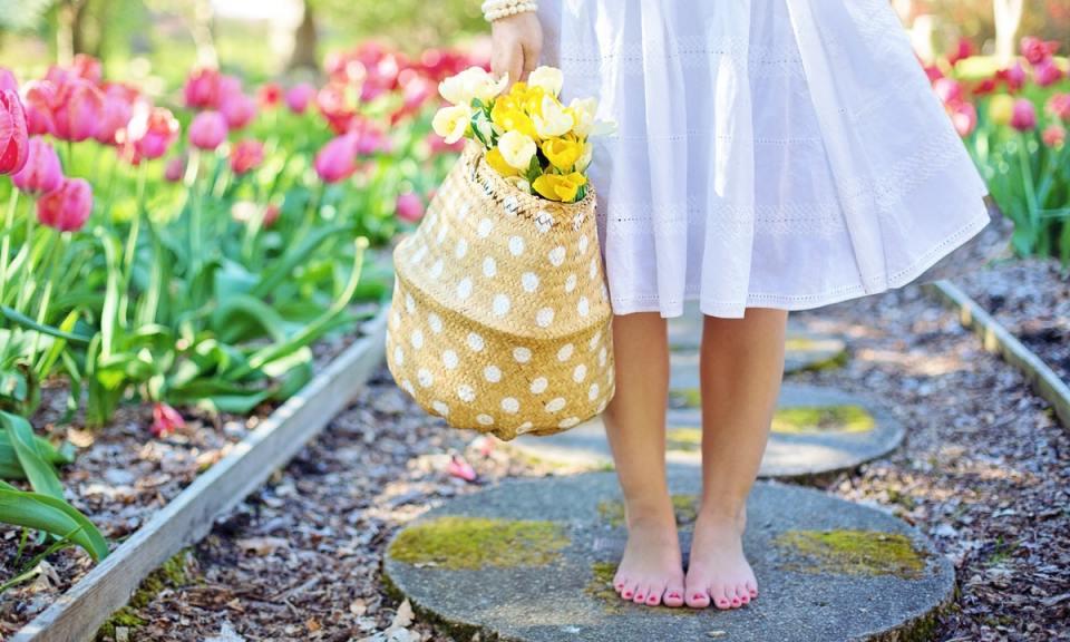 andar descalzo es bueno para la salud
