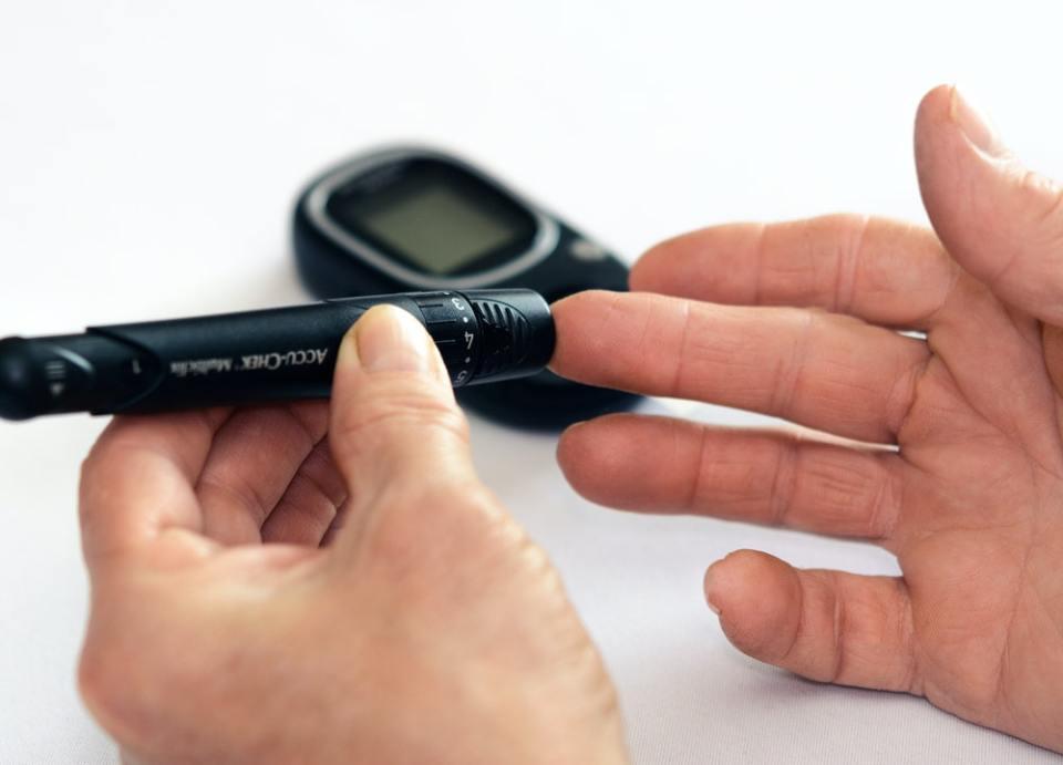 Uno de los beneficios del sirope de agave es ayudar a controlar los niveles de glucosa en la sangre