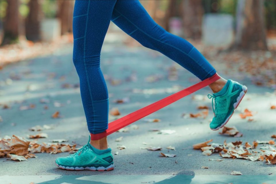 ejercicios con gomas para tonificar