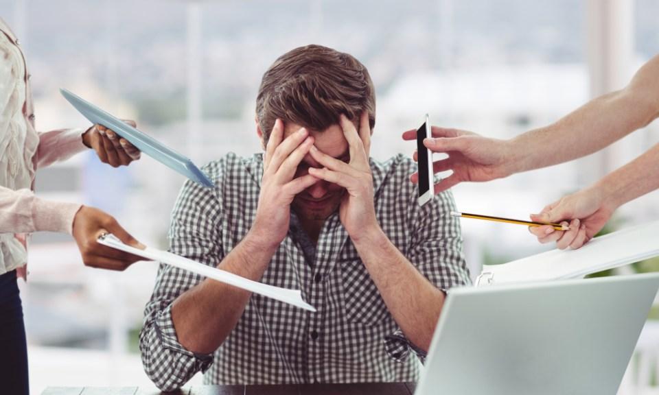 estrés causa dolor espalda