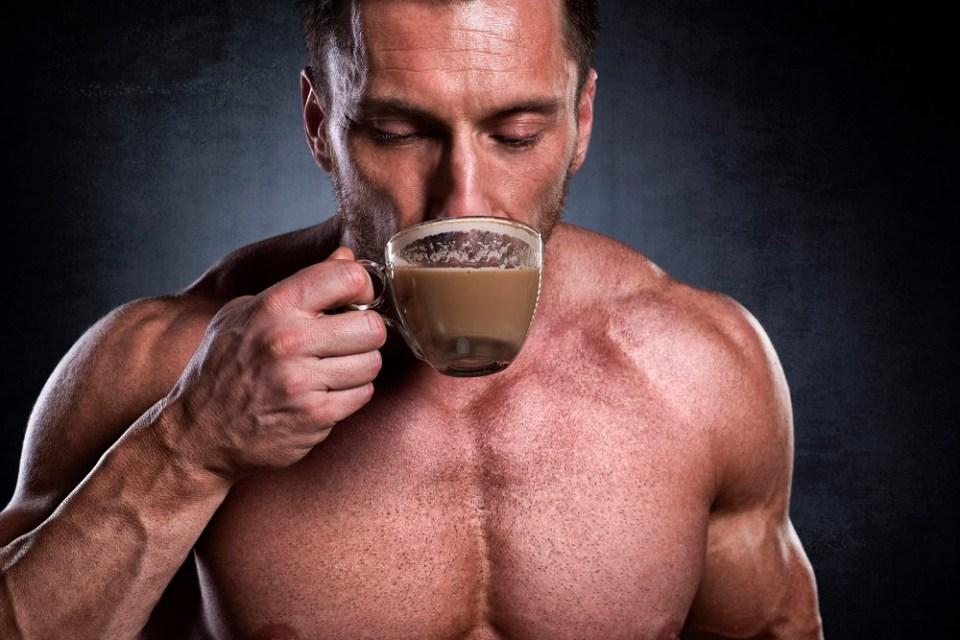 beber café antes de entrenar