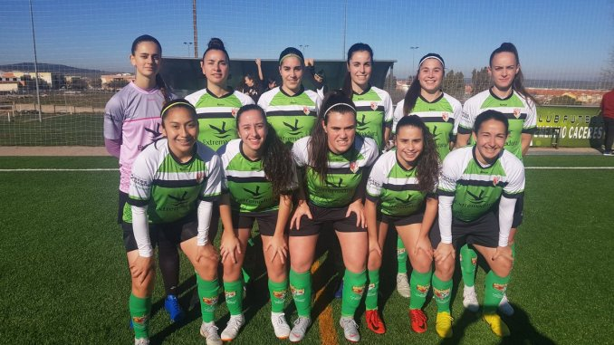 """El Femenino Cáceres comienza la 2ª vuelta con victoria ante el filial del Sporting de Huelva """"B"""" por 3-1"""