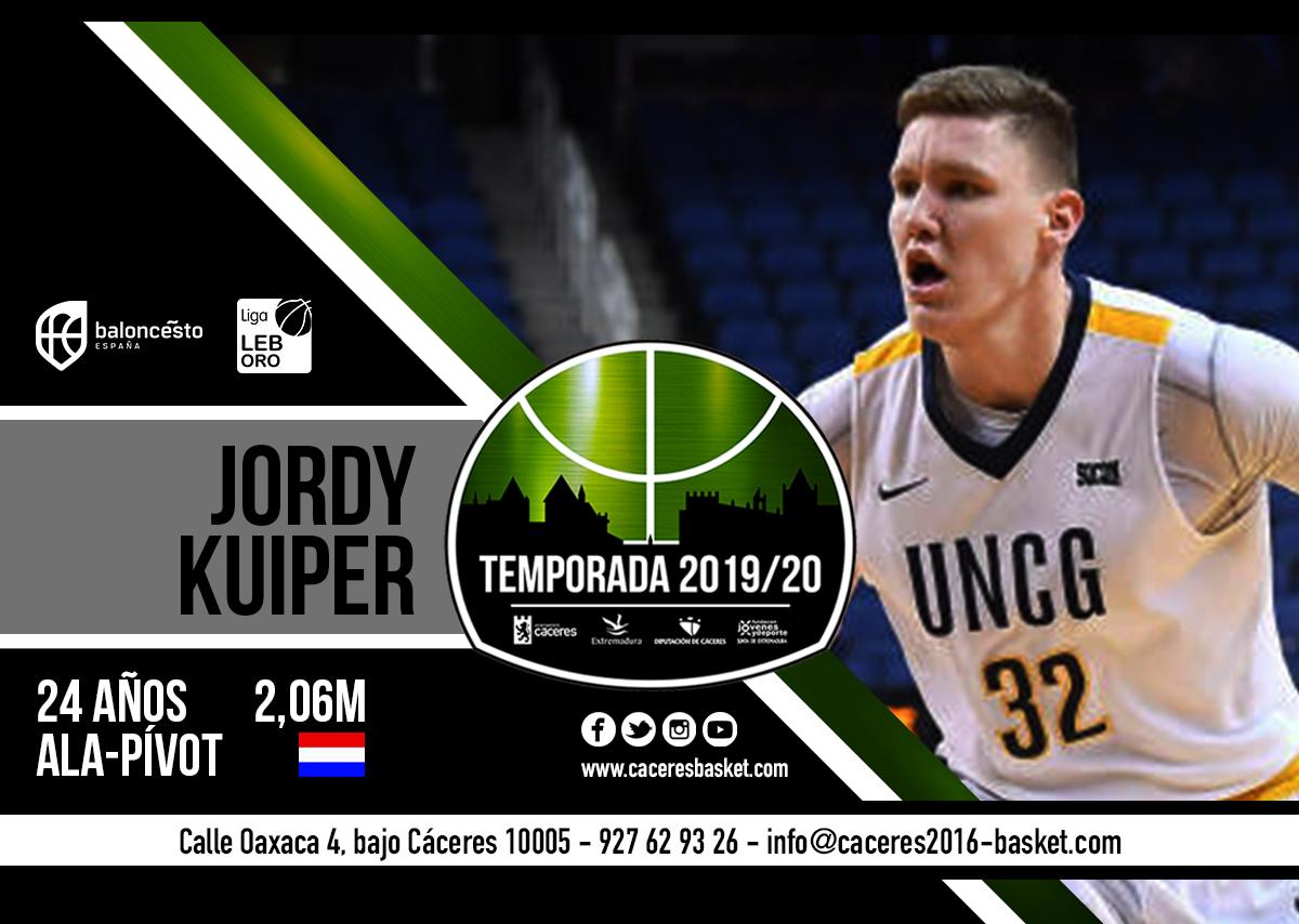 El Cáceres Patrimonio suma centímetros con Jordy Kuiper