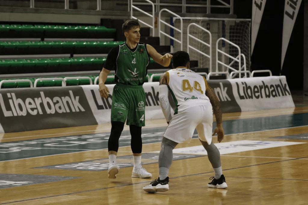 Coosur Real Betis vs Caceres Basket