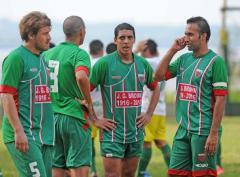 Jorge Gibson Brown venció a Argentinos Jrs. con tres goles de Matías Suirezs (Foto: Sixto Fariña)