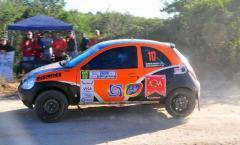El equipo de Misiones pudo solucionar los problemas en el Ford Ka y marcha en la 15° posición